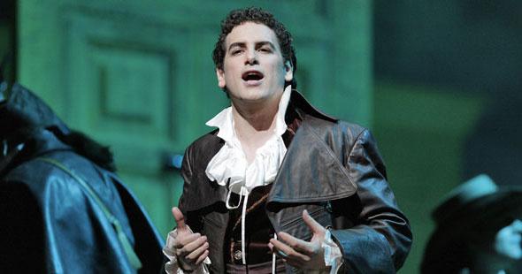 Хуан Диего Флорес в опере Севильский цирюльник